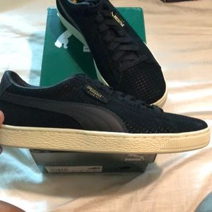 brand new b0fcd 0cccc PUMA Suede Classic Perforation Shoes NWT